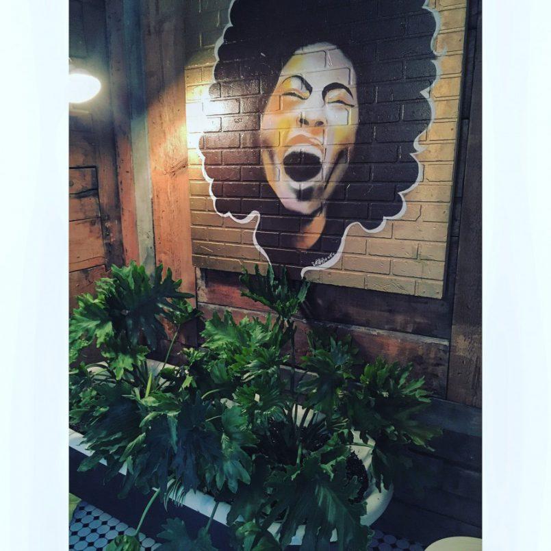 Mon crush des cafés de coworking: le Caravane Café Office, en face de la Maisonnée | Les Roger - Le blogue des étudiants de l'UdeM