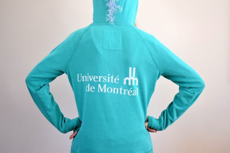 Les Roger testent pour vous : la nouvelle ligne de vêtements « UdeM »! - hoodie | Les Roger - Le blogue des étudiants de l'UdeM